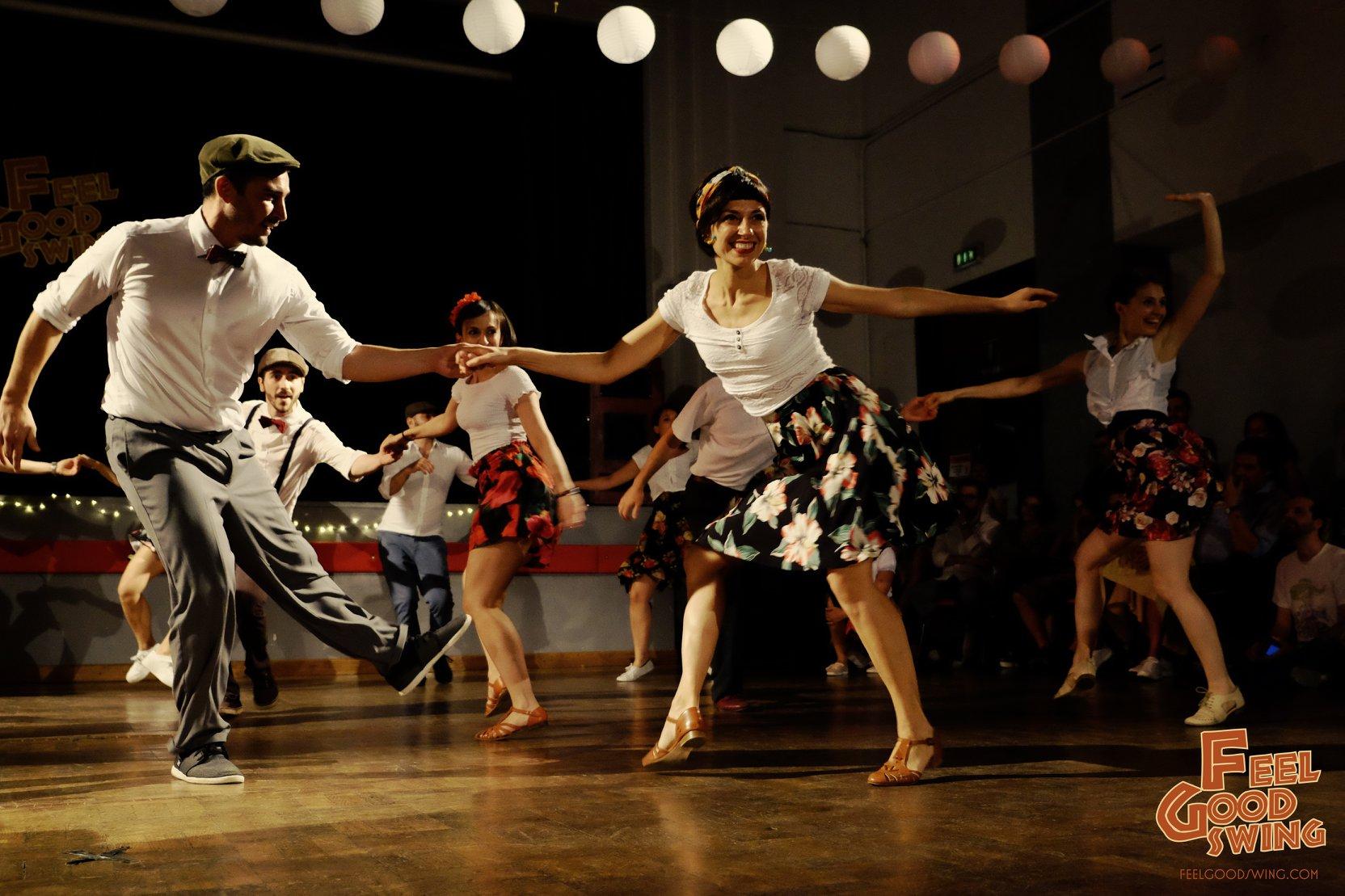 Chiara e Ale ballano Lindy Hop